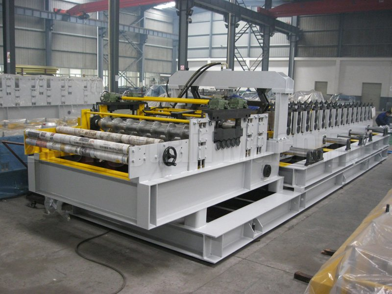 Line Roll Forming Machine