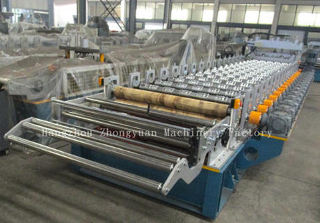 glazed roll forming machine.jpg