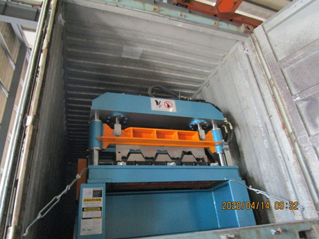 Zhongyuan deck roll forming equipment 1.JPG