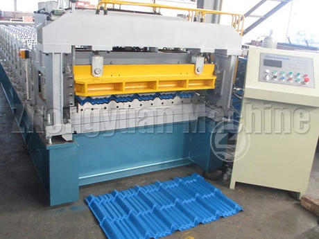 Metal Glazed tile forming machine.jpg