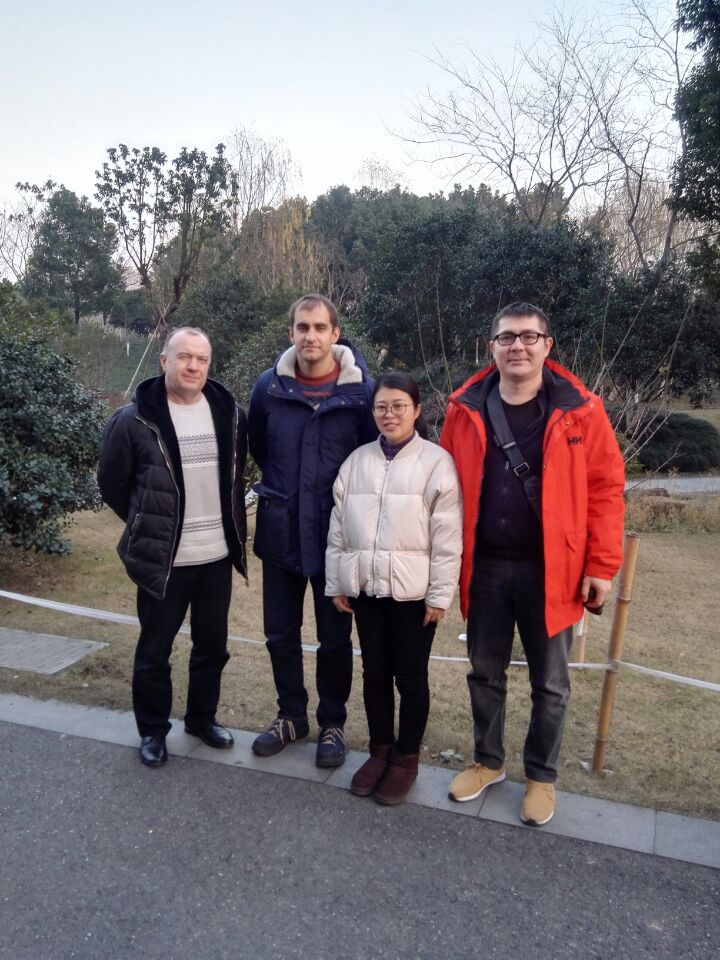Buyer from Russia to inspect ordered roll forming machine on March 30,2019 Buyer visited to inspect ordered roll forming machines in Zhongyuan Factory.
